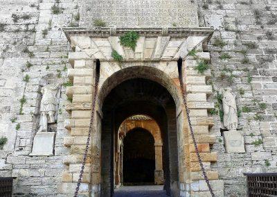 entrada barrio Dalt Vila ibiza